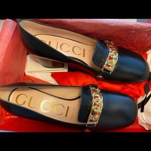 NWT Gucci Sylvie leather mid-heel pump,size 35.5.
